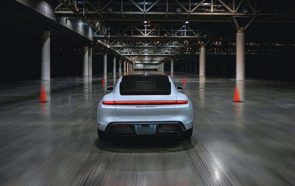 Porsche Taycan ist jetzt offiziell das schnellste Auto